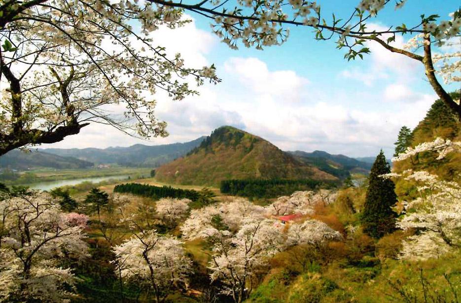 秋田県能代市二ツ井町の七座山